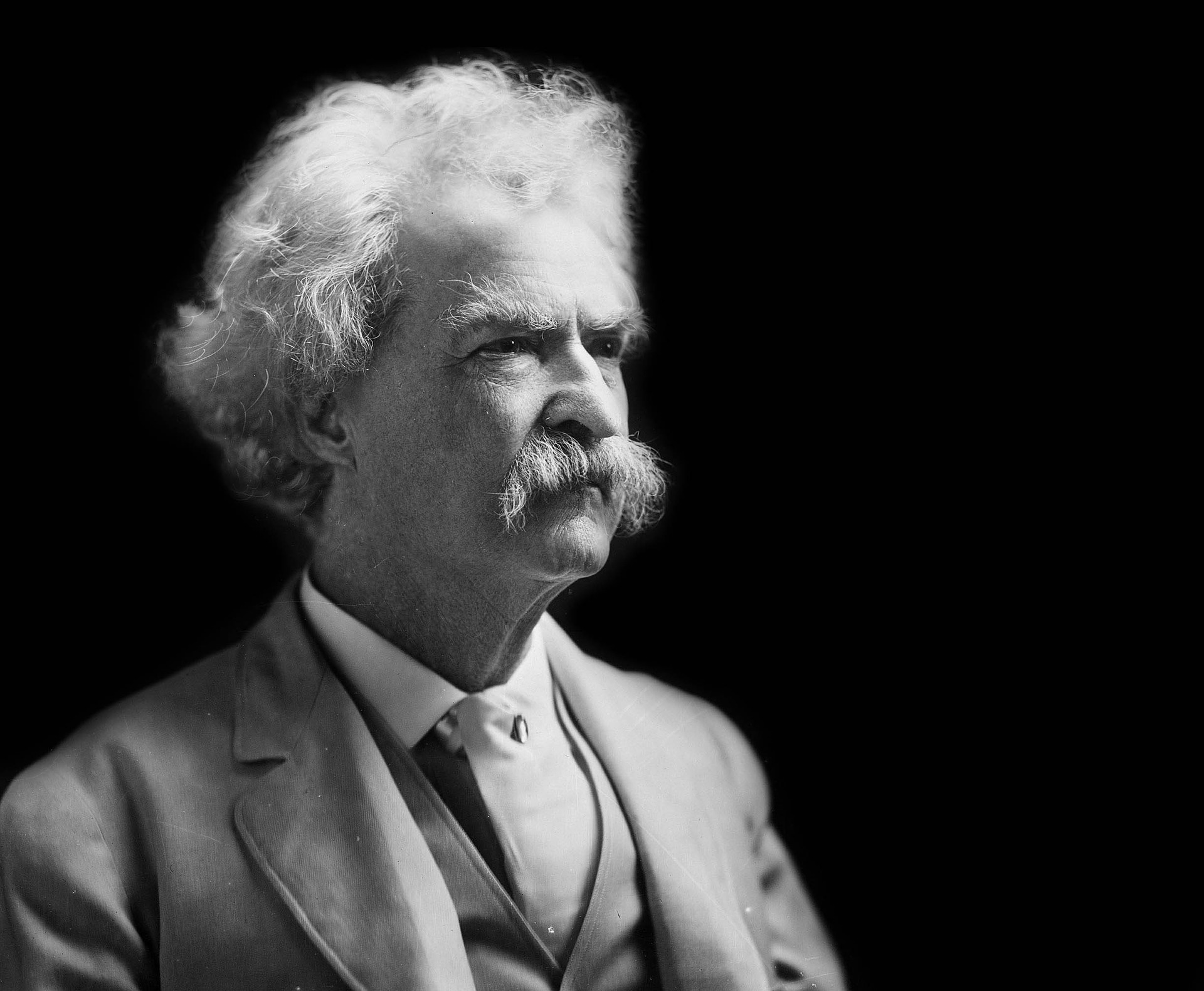 an analysis of the humor regionalism and dialect of mark twain Everything you need to know about the writing style of mark twain's adventures of huckleberry finn  adventures of huckleberry finn / analysis / writing style.