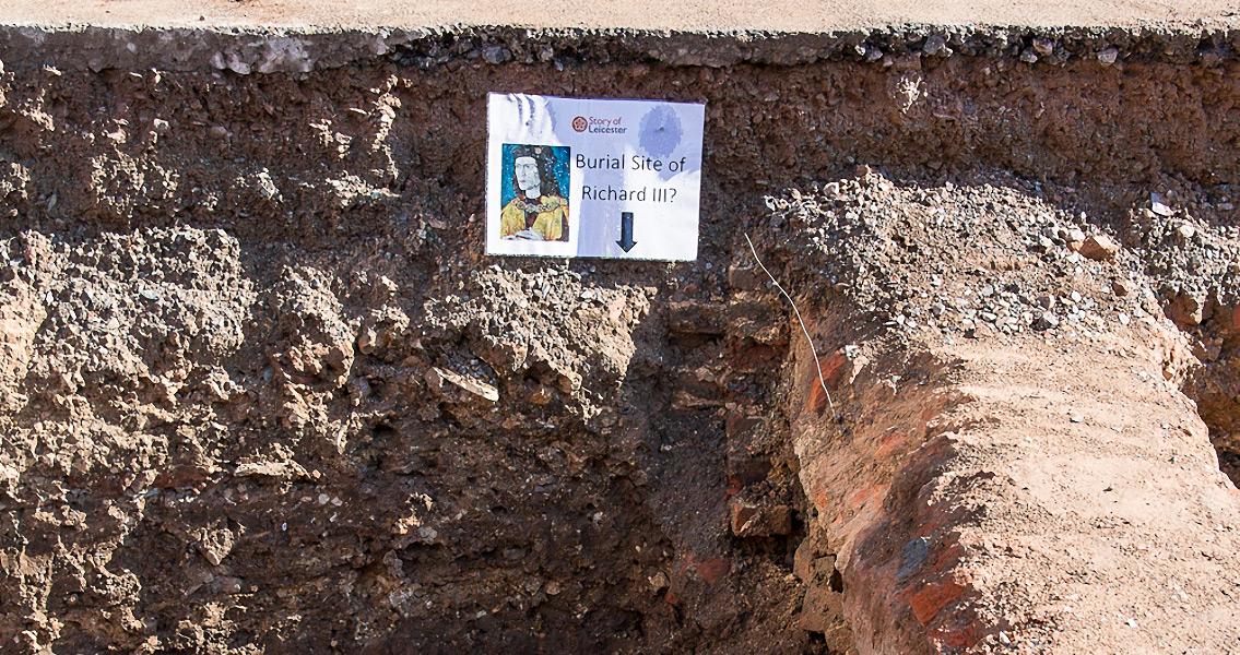 Richard III Shared Graveyard With Noblewoman