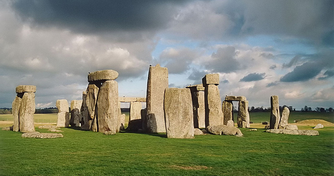 New Theory On The Use of Stonehenge