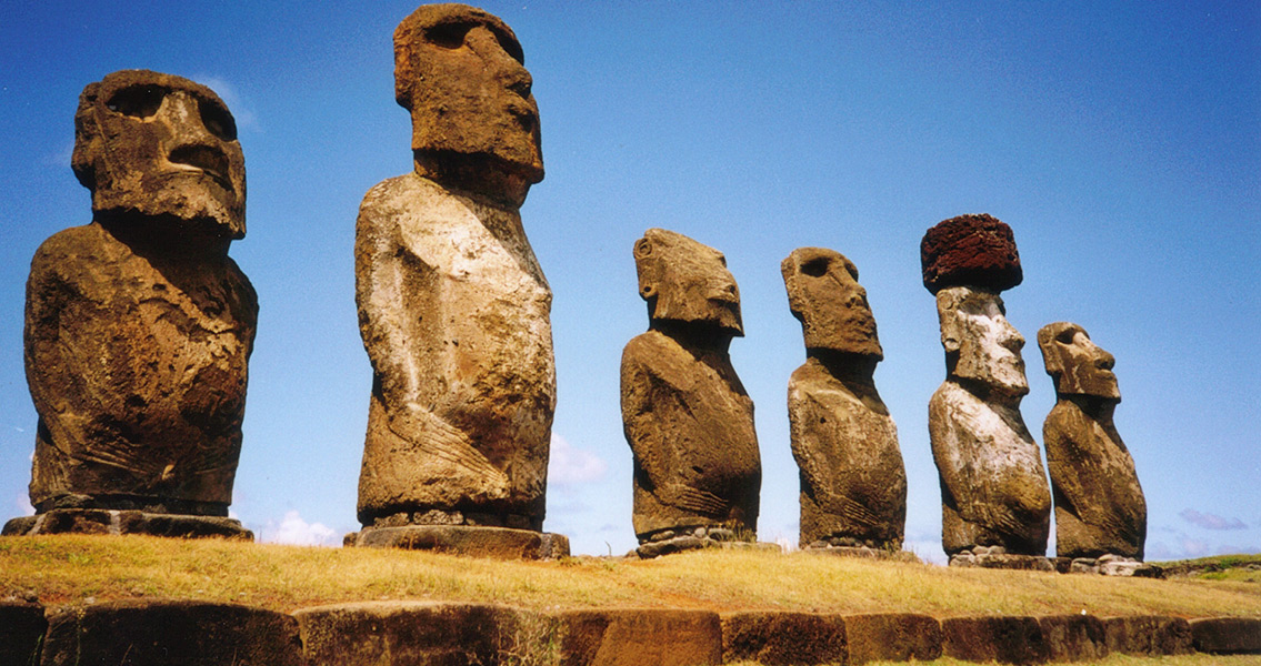 Easter Island Moai Hats Were Rolled Up