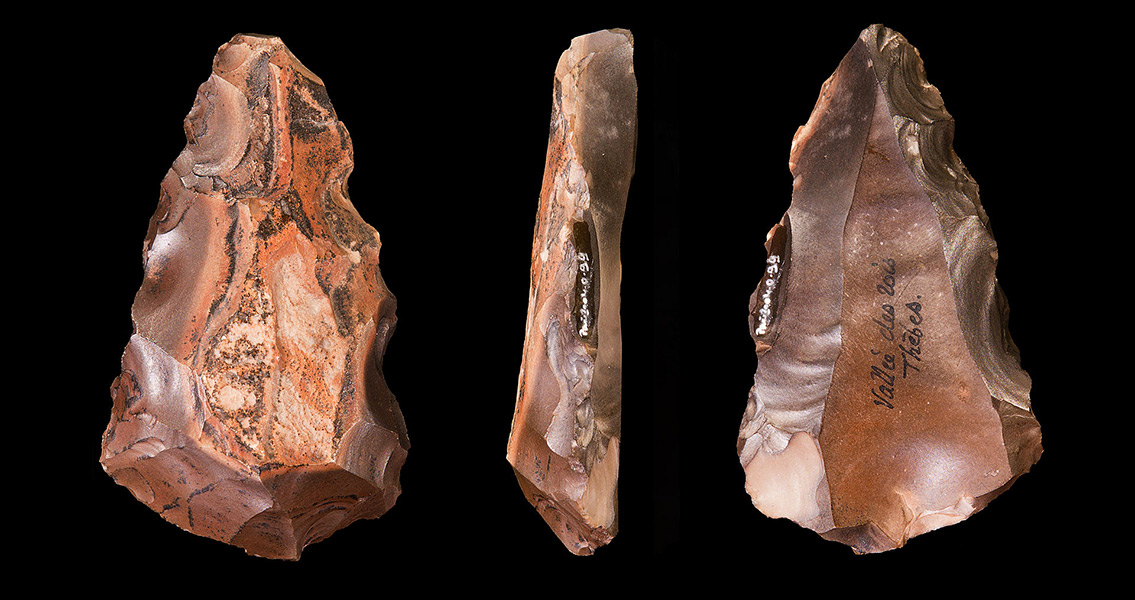 Dig for Necropolis Unearths Flint Tool Workshop in Bulgaria