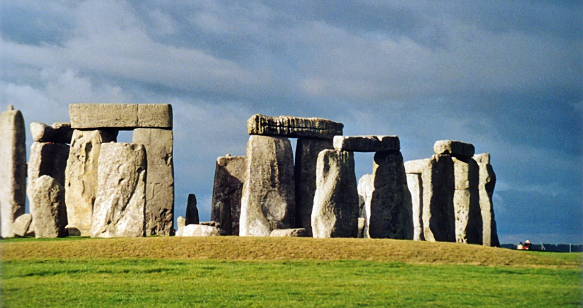 Bronze Age Skeleton Holds Secrets to Life Near Stonehenge