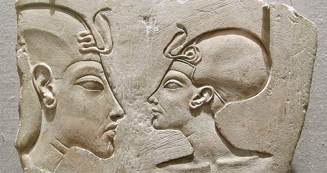 Researcher Claims He's Found Nefertiti's Tomb