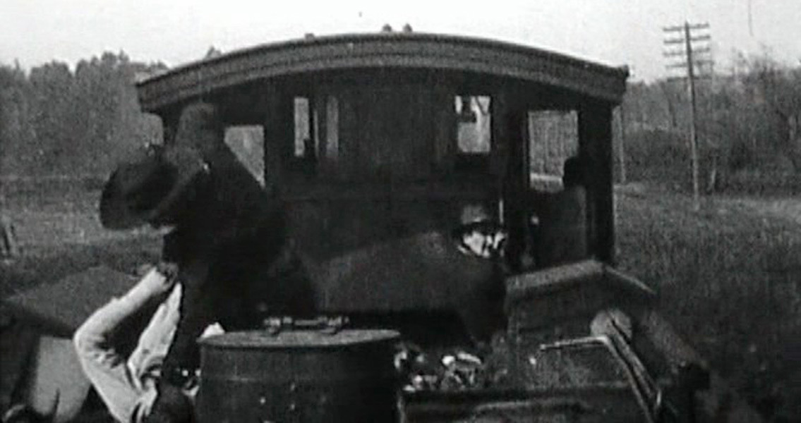 Silent Man Of The Great Train Robbery Escapes