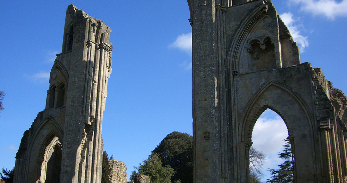 The Myths of Glastonbury Abbey Shown to Be Just Myths