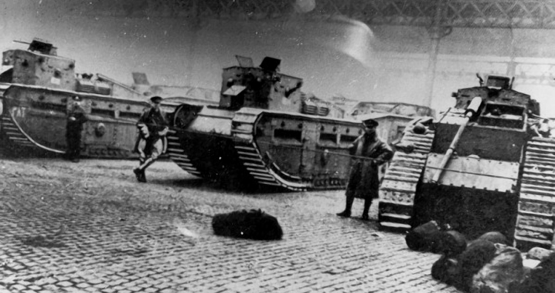 Battle of George Square Tanks and Soldiers