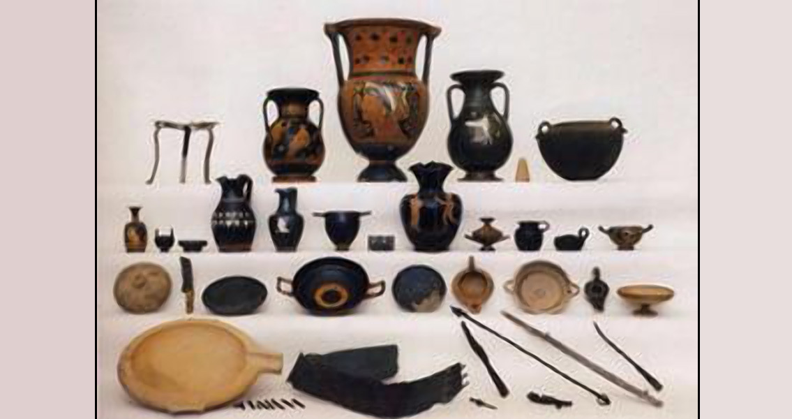 Greek Vases Banquet Implements And Metal Weapons 2