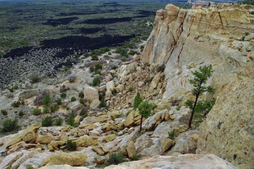 A Window Into a Chaco Canyon Community