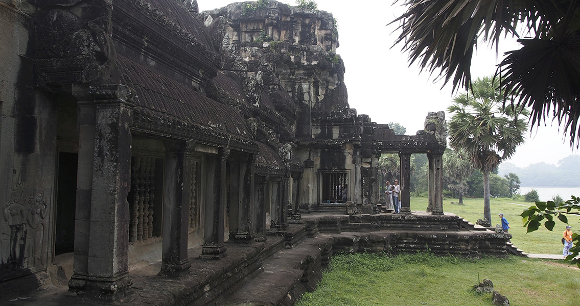 Earthen Mounds Discovered in Ancient Cambodian Cities