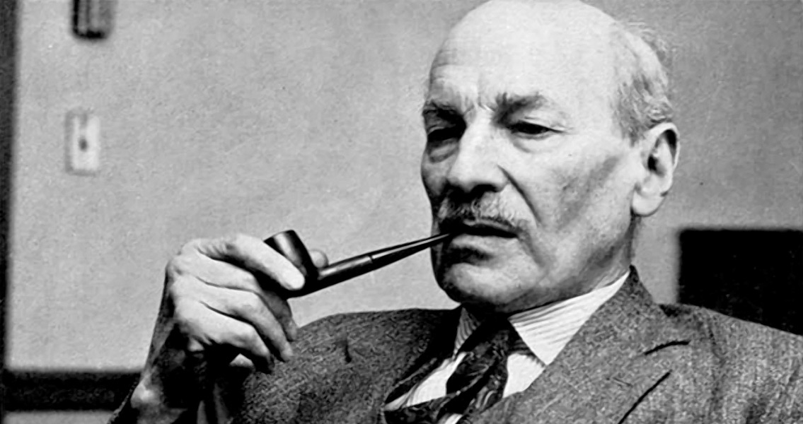 Winston Churchill Steps Down, Clement Attlee Steps Up
