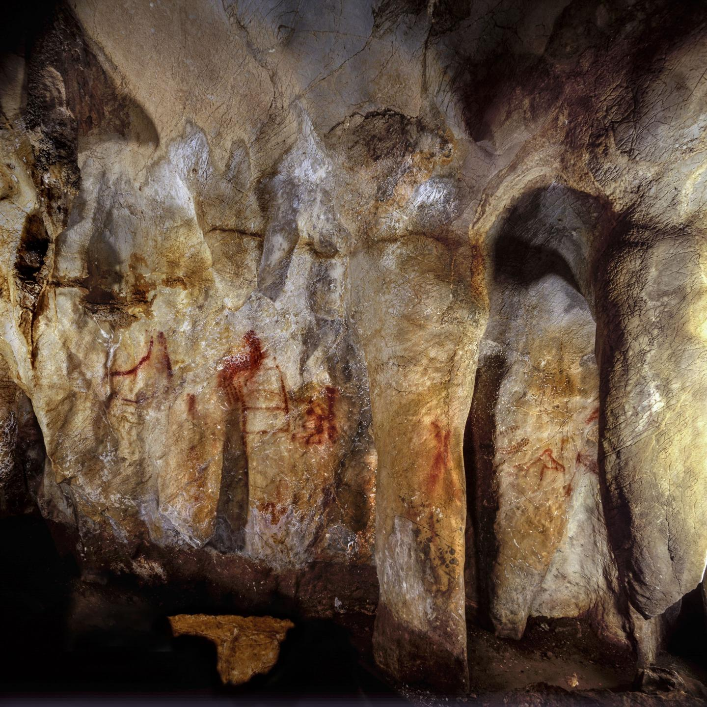 La Pasiega, Section C, Cave Wall With Paintings