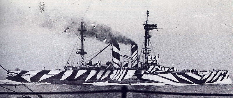 How did 'dazzle painting' affect World War One military tactics?