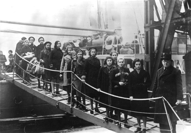 Seeking Refuge: International Refugee Policy and the Holocaust